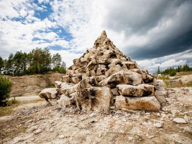 Landart – sztuka zgwiazd, kamieni ibłyskawic